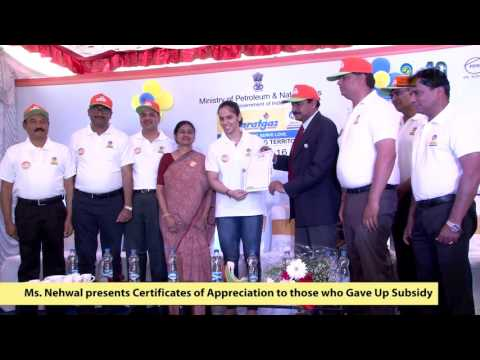 Saina Nehwal at BPCL Give-it-Up Campaign in Bengaluru_Youtube_thumb_10