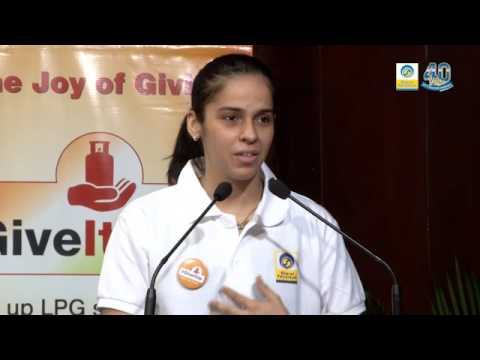 Super Saina at BPCL Give-It-Up campaign for Girl-children in Bengaluru_Youtube_thumb_8